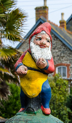 Gnome - Megavissey, Cornwall, England, UK (Paul Diming) Tags: uk greatbritain england landscape spring gnome unitedkingdom fishingvillage mevagissey mevagisseycornwall d7000 mevagisseyuk pauldiming mevagisseycornwallengland mevagisseyengland