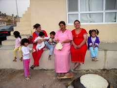 """Mütter und Kinder treffen sich in Rottam. • <a style=""""font-size:0.8em;"""" href=""""http://www.flickr.com/photos/65713616@N03/9306382347/"""" target=""""_blank"""">View on Flickr</a>"""