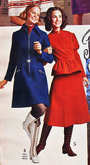 Spiegel 71 fw blue red (jsbuttons) Tags: blue red 1971 clothing dress boots buttons spiegel 71 womens clothes dresses button catalog seventies buttonfront vintagefashions