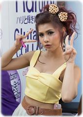 (seua_yai) Tags: street people sexy beautiful fashion shopping thailand women shoes asia southeastasia bangkok candid thai handbags siam siamsquare streetfashion thaipeople thaigirl siamparagon thaiwomen thailady bangkokgirl thaistreetfashion bangkok2014