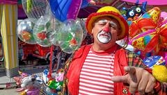 auf der Auer Dult (epemsl) Tags: münchen clown auerdult luftballon