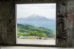 Dos  la montagne (Caroline Vincelet) Tags: france 38 isre rhnealpes