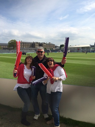 The fans are getting loose! Gloucester vs Middlesex T20
