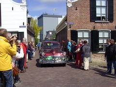 1947 Chrysler Windsor (Davydutchy) Tags: auto people holland classic netherlands car automobile tour rally crowd may nederland cities voiture massa finish vehicle windsor oldtimer chrysler eleven friesland rallye mensen klassiker 2015 frysln sleat elfstedentocht vetern sloten menigte automobiel
