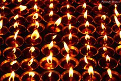 Prayers (alanchanflor) Tags: oración fuego velas nepal canon budismo religion profundidad luz