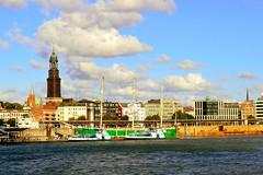 Hamburg (Germany) (jens_helmecke) Tags: water elbe flus river hamburg stadt hansestadt city nikon jens helmecke deutschland germany