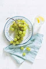 grapes (asri.) Tags: 2016 onwhite topview foodstyling foodphotography 50mmf14