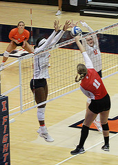 At the net (RPahre) Tags: volleyball huffhall huff illinois champaign universityofillinois indianauniversity b1g swing block robertpahrephotography copyrighted donotusewithoutwrittenpermission