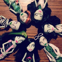 Banshees Invasion (MyMonsterHighWorld) Tags: monster high scarah scream screams freaky fusion inspired ghoul student disembody council fair i 3 love heart fashion doll mattel 2016 mh