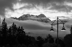 Queenstown this morning... (DeDee Day) Tags: blackandwhitephotography black landscape queenstown mountain sunrise sky cloud mist lamp posts