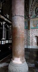 Roskilde, Sjælland, Domkirke, Chapel of the magi, kings' column (groenling) Tags: roskilde sjælland denmark danmark dk unesco worldheritage domkirke chapelofthemagi christianischapel kingscolumn height pillar base palmette