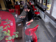 coffee break (D G H) Tags: dgh daveheston downtown seattle streetphotography seattlesbestcoffee laptop break coffee youngman coffeeshop candid city pikeplacemarket