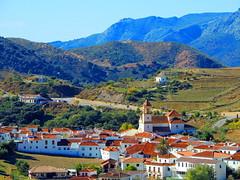 Atajate (Mlaga) (sebastinaguilar) Tags: 2013 mlaga andaluca espaa paisajeurbano cascourbano montaas