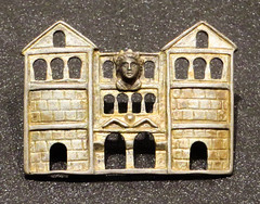 IMG_6343 (jaglazier) Tags: 2016 5thcentury6thcentury 5thcenturyad6thcenturyad adults arcades arches architecture buildings byzantine cologne copyright2016jamesaglazier emperors facades frankish germany houses jewelry kings koln kln men museums palaces portraits romangermanicmuseum rmischgermanischesmuseum september archaeology art crafts germanic gilded gold goldworking metalworking openwork royal stonebuildings