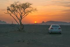 ENJOY THE SUNSET (memoouda) Tags: lexus bmw gmc chevrolet dubai uae desert porsche toyota light nikon نيكون لكزس بورش جمس صحراء دبي