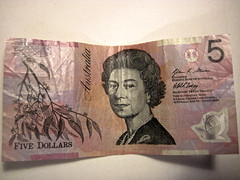 Australian $5 Note (lukedrich_photography) Tags: canon powershot d10 australia oz commonwealth أستراليا 澳大利亚 澳大利亞 ऑस्ट्रेलिया オーストラリア 호주 австралия money currency note aud australian five 5 bank