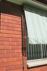 Lock-Arm Awning (Traditional Hood, 150mm Arms)
