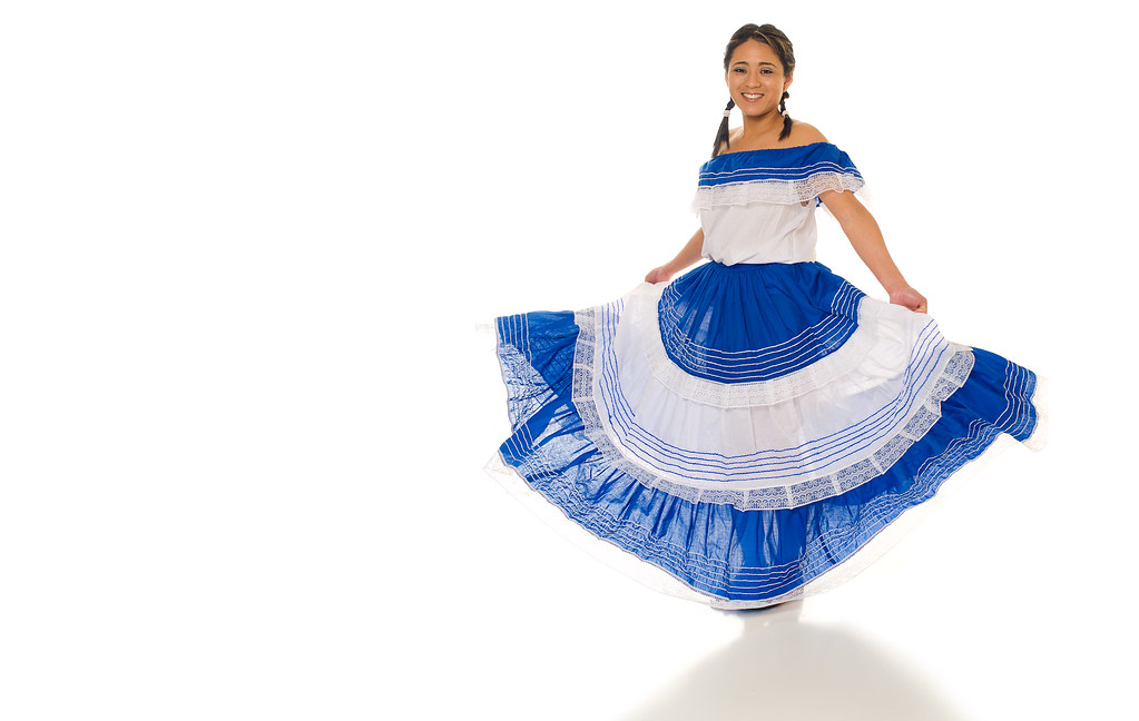 el salvador culture clothing