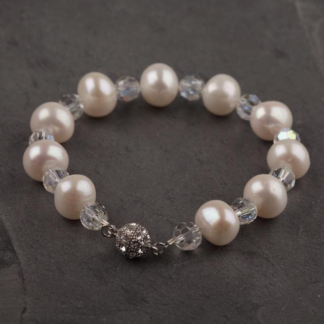 Freshwater pearl and vintage crystal bracelet