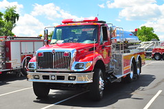 Lake Harmony Fire Department Tanker 1731 (Triborough) Tags: pennsylvania firetruck pa international fireengine tanker kme fortwashington montgomerycounty lhfd lakeharmonyfiredepartment tanker1731