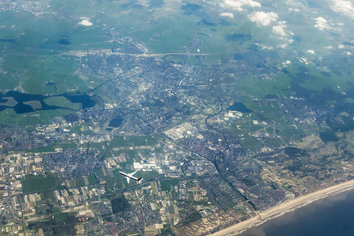 20130518_F0001: Aerial encounter above Leiden of the Netherlands