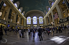 Grand Central terminal always busy (Tattooed JJ) Tags: nyc ny photography pentax manhattan april k5 grandcentralterminal singingwithlight singingwithlightphotography aprilbryantparkgrandcentralterminalk5nynycsingingwithlightmanhattanpentaxphotographysingingwithlightphotography