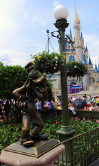 IMG_7906 (UUOPDarren) Tags: world starwars orlando florida magic kingdom disney hollywood studios starwarsweekends