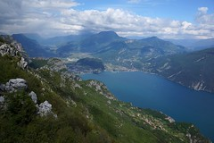 The lake 2 (WeatherMaker) Tags: italien italy mountains alps hiking alpen nara trentino cima bal lagodigarda gardasee pregasina