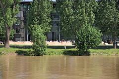 Vorbereitung auf das Hochwasser in Magdeburg (Magdeburg) Tags: germany deutschland high flooding wasser flood tide magdeburg elbe hochwasser brd flut hoch spate berschwemmung 2013 elbehochwasser elbemagdeburg hochwasser2013 hochwassermagdeburg hochwassermagdeburg2013 magdeburghochwasser