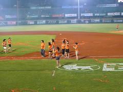 P1000754 (celeste_mer) Tags: 棒球 台南棒球場 2009年