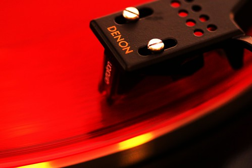 Denon DP-300F with Ortofon 2M Red