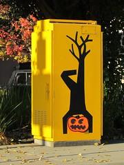 street art (electrofreeze) Tags: street art mural graffiti iconographic emeryville california