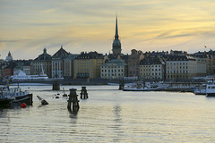 Stockholm i skymning (Anders Sellin) Tags: batic skrgrd sverige sweden vatten sea stockholm stersjn evening skymning gamla stan