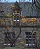 EDINBURGH RAMSAY GARDEN (patrick555666751) Tags: edinburgh ramsay garden edinburghramsaygarden window windows fenetre finestre ventana united kingdom royaume uni scotland escocia ecosse scozia flickr heart group edimbourg dun eideann embra edinburrie edinburra edimburgo edimbra edinburg europe europa
