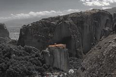 Meteory (Andrzej Litewka) Tags: grecja meteory greece monastyrrusanu monastyr rusanu kastraki kalambaka blackandwhite travel europa