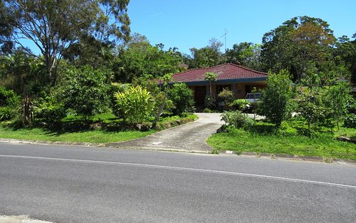 33 Coomburra Crescent, Ocean Shores NSW 2483