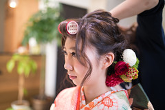 Young kimono girl making hair set (Apricot Cafe) Tags: img4909 20s asianethnicity japan japaneseethnicity kimono sigma35mmf14dghsmart tokyo beauty beautysalon ceremony culture enjoy hairsalon happiness oneperson peaceful seijinshiki woman youngadult minatoku tkyto jp