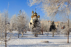 Winter morning, Abakan, Russia (fionxl) Tags: abakan morning winter siberia russia park preobrazhenskiy cathedral orthodox snow sky