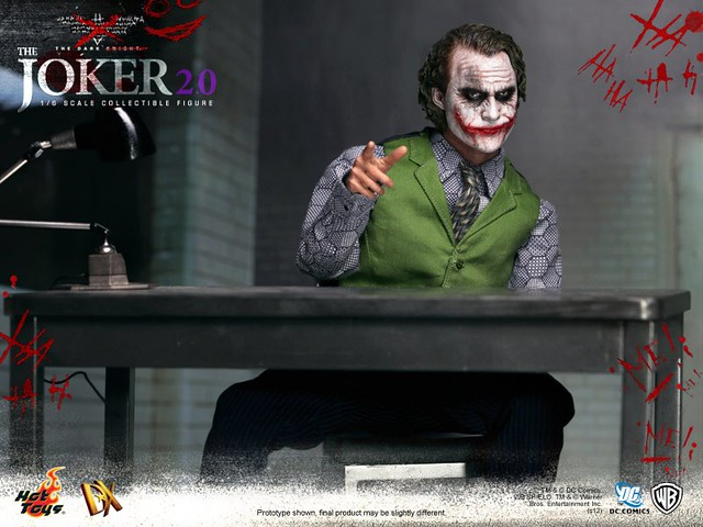 Hot Toys - DX11 - The Dark Knight: 1/6th scale The Joker 2.0 Collectible Figure