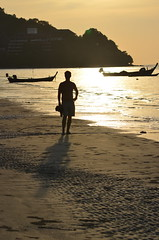 Mi Padre (b2 jonathan Ljungdahl) Tags: sunset beach phuket sas advanceddigitalphotoclass