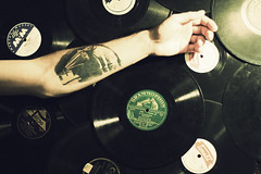 84/365 (zsuzsmo) Tags: records tattoo canon vintage project eos rebel 50mm arm 14 vinyl voice his 365 masters rca gramophone hmv project365 550d 83365 t2i canon550d
