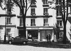 Garage Junot (StylelaB) Tags: life street people paris france photography nikon emotion streetphotography streetlife moment parisian d90 2013 stylelab ahuypham
