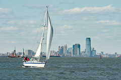 New York Sailing (glidergoth) Tags: usa ny newyork sailing harbour yacht manhattan nj