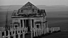 Monuments en Memoire de la Guerre 1914/ 1918.