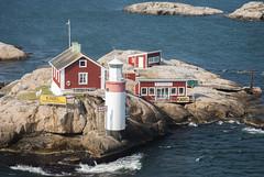Gefveskär Fyr (Rudi Pauwels) Tags: sea göteborg nikon zoom sweden schweden gothenburg tele sverige nikkor havet archipelago stenaline skärgården d80 nikond80 nikkor55200mm archipelagogothenburg gefveskarfyr