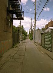 Ruelle VII (Ian David Blm) Tags: urban texture 120 mamiya film alley 645 kodak montreal slide medium format ruelle asphalt portra protl