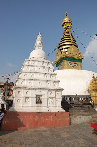 "d1 - Kathmandu - Durbar Square (36) <a style=""margin-left:10px; font-size:0.8em;"" href=""http://www.flickr.com/photos/125852101@N02/17688670740/"" target=""_blank"">@flickr</a>"