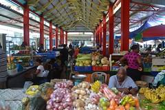 Au marché de Victoria (Le 7ème blog) Tags: architecture commerce market victoria seychelles marché etal vendeurs étals commercants