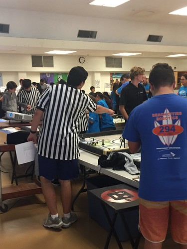 FLL Training event at La Canada HS Oct 2016