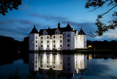 The castle of dreams (matshenrike.) Tags: schleswigholstein glcksburg castle clouds evening lights blue hour water longexposure tree blades outdoor